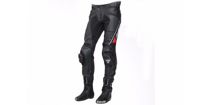 Dainese Delta Pro C2 Perforated Leather Celana Bikers Celana Touring 0
