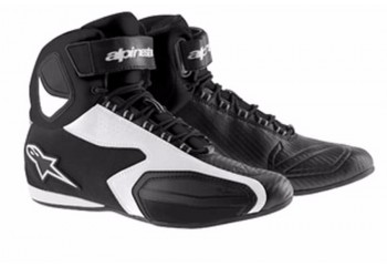 Faster  Sepatu Riding Shoe