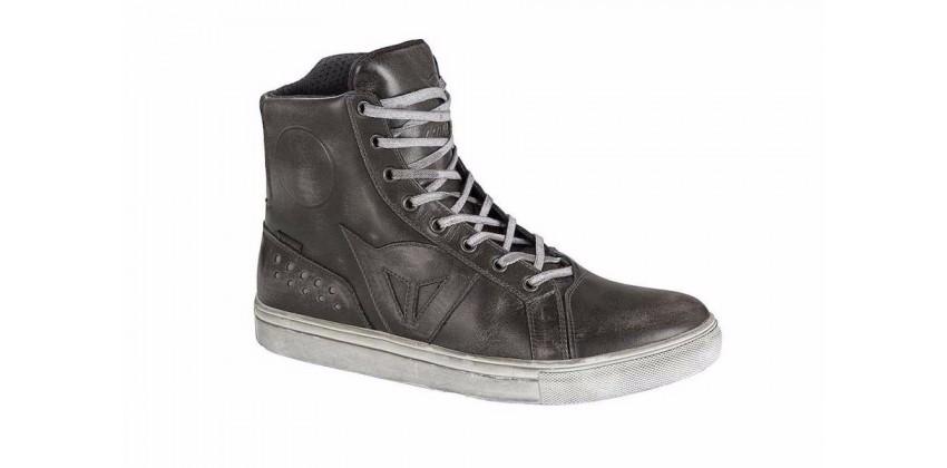 Street Rocker D-WP  Sepatu Riding Shoe 0