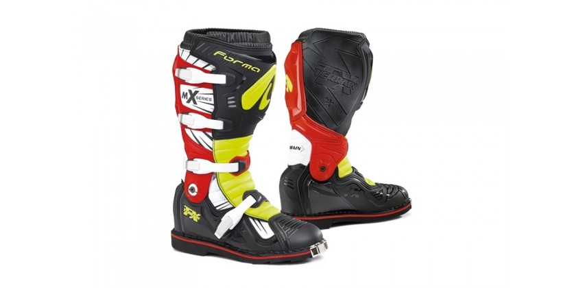 Terrain TX 2.0  Sepatu Racing Boots 0