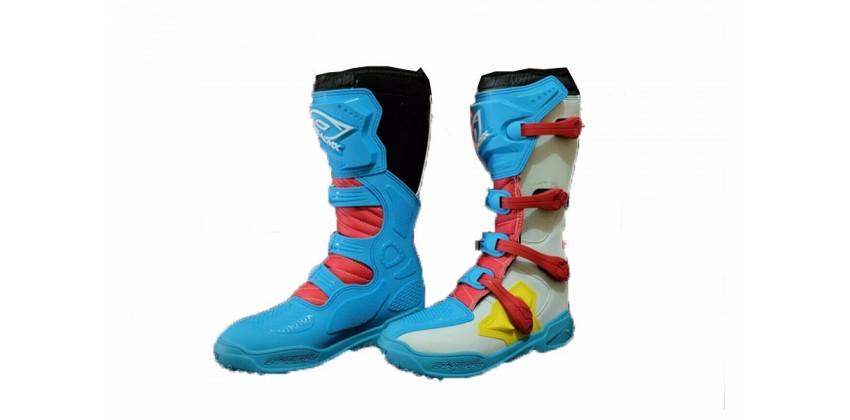 Sepatu Racing Boots 0