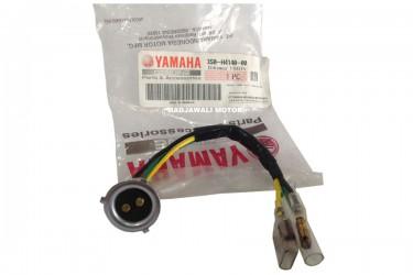Yamaha Genuine Parts 5ER-H4140-00 Fitting Bohlam Depan