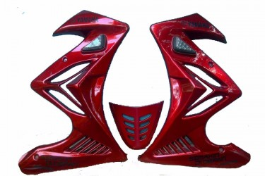 Yamaha Genuine Parts 12992 Fairing Samping Merah