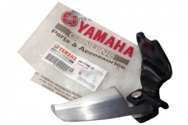 Yamaha Genuine Parts 2PH-F7440-00 Footstep Belakang Silver