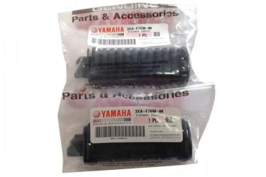 Yamaha Genuine Parts 3KA-F7430-00 Footstep Belakang Hitam